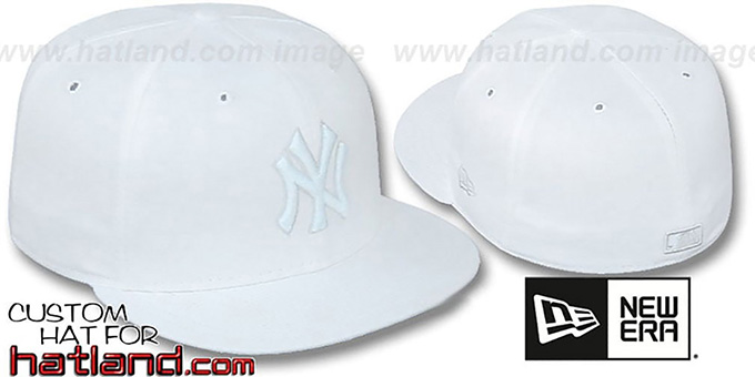 Yankees 'WHITEOUT' Fitted Hat by New Era : pictured without stickers that these products are shipped with
