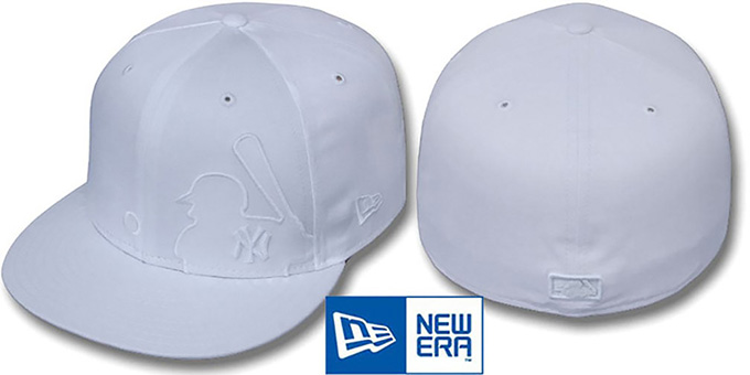 Yankees 'WHITEOUT MLB SILHOUETTE' Fitted Hat by New Era : pictured without stickers that these products are shipped with