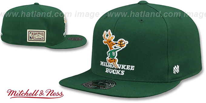 Bucks 'HWC SIDE-PATCH' Green Fitted Hat by Mitchell and Ness