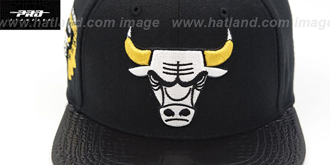 Bulls '6X CHAMPS TROPHY STRAPBACK' Black-Gold Hat by Pro Standard