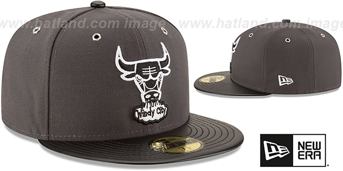 Bulls 'METAL HOOK' Grey-Black Fitted Hat by New Era