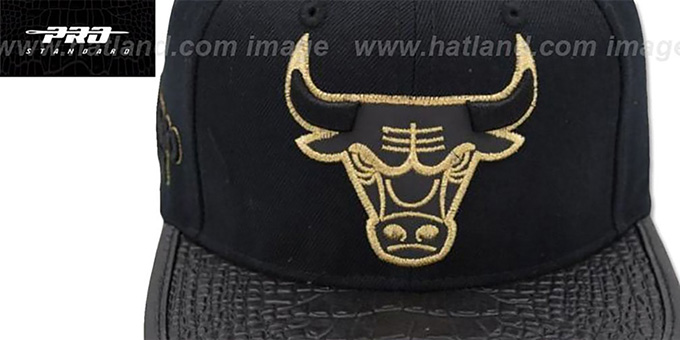 Bulls 'METALLIC POP STRAPBACK' Black Hat by Pro Standard