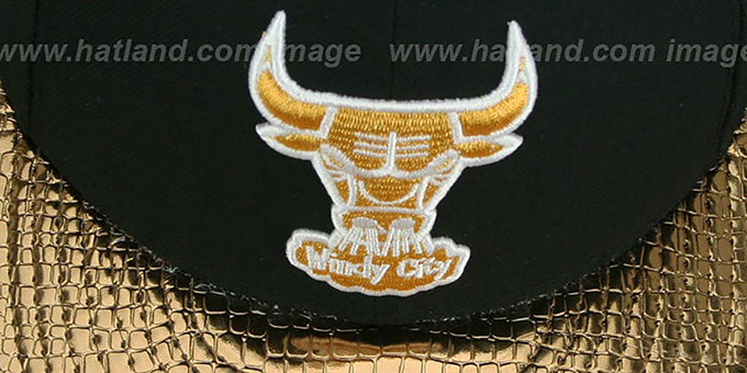 Bulls 'METALLIC SLITHER' Black-Gold Fitted Hat by New Era