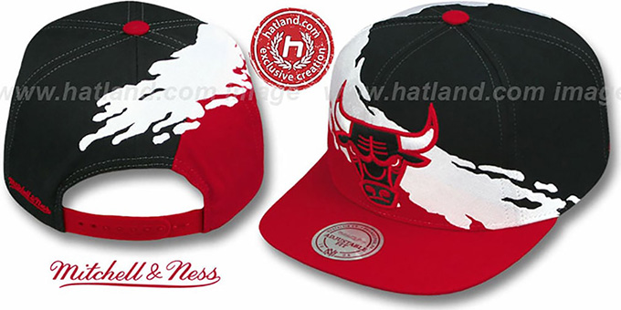 Bulls 'PAINTBRUSH SNAPBACK' Black-White-Red Hat by Mitchell and Ness
