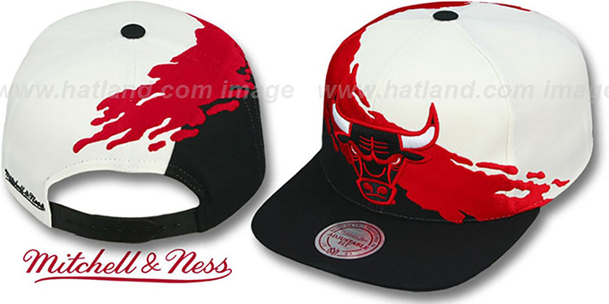Bulls 'PAINTBRUSH SNAPBACK' White-Red-Black Hat by Mitchell & Ness