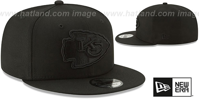 Chiefs 'TEAM-BASIC BLACKOUT SNAPBACK' Hat by New Era