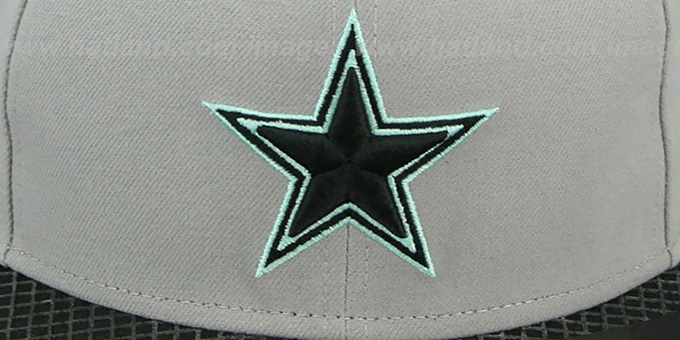 Cowboys 'GREEN-GLOW SNAPBACK' Light Grey-Black Hat by New Era