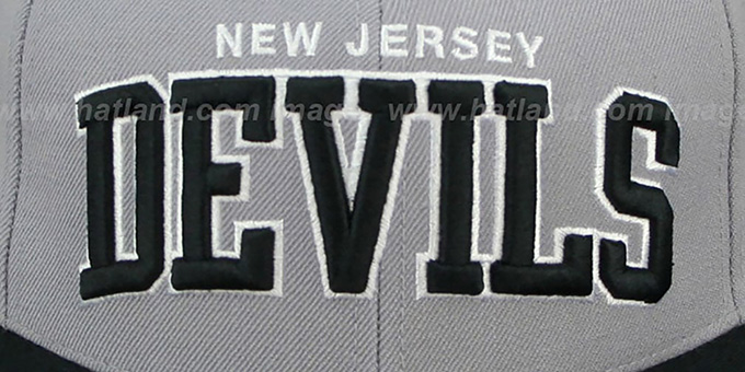 Devils '2T XL-WORDMARK' Grey-Black Fitted Hat by Mitchell & Ness