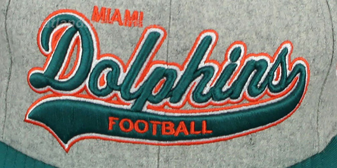 Dolphins '2T TAILSWEEPER STRAPBACK' Grey-Aqua Hat by Mitchell & Ness