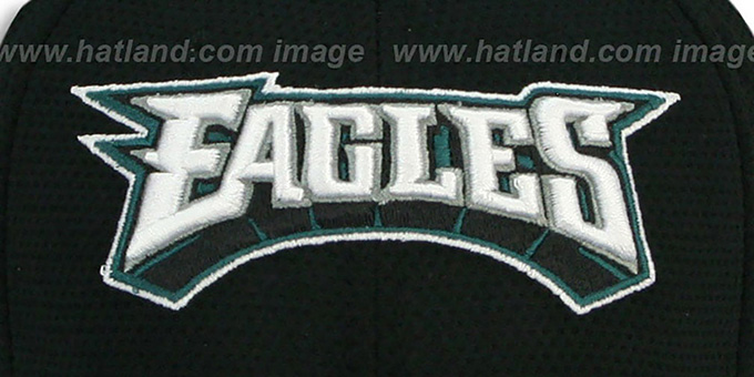 Eagles 'HELMET HIT VISOR' Flex Hat by New Era