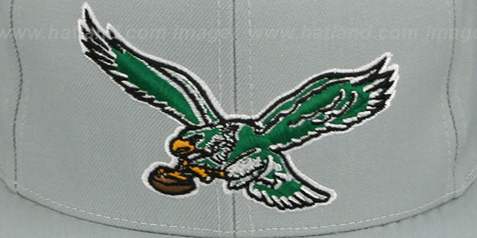 Eagles 'THROWBACK-BASIC SNAPBACK' Grey Hat by Mitchell and Ness