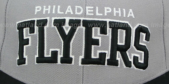 Flyers '2T XL-WORDMARK' Grey-Black Fitted Hat by Mitchell & Ness