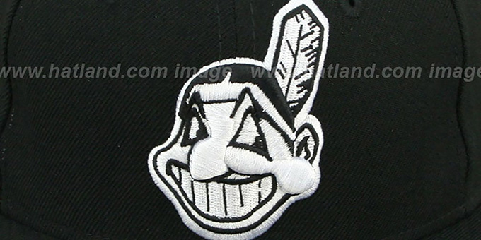 Indians 'TEAM-BASIC' Black-White Fitted Hat by New Era