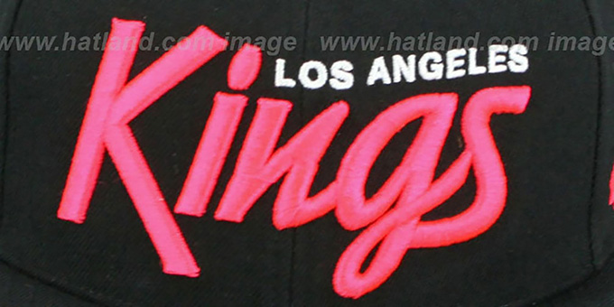 Kings 'SCRIPT PAISLEY SNAPBACK' Black-Pink Hat by Twins 47 Brand