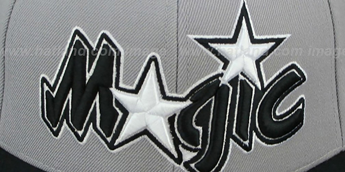 Magic '2T XL-WORDMARK' Grey-Black Fitted Hat by Mitchell & Ness