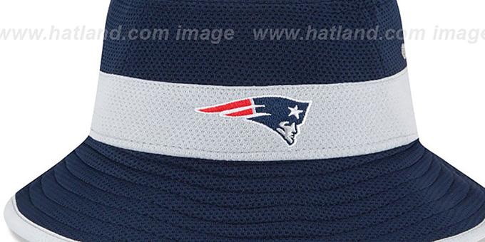 cd98543c15b ... Patriots  2015 NFL TRAINING BUCKET  Navy Hat by New Era ...