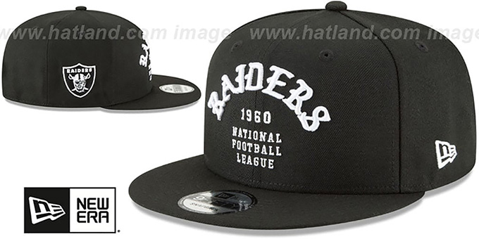 Raiders 'GOTHIC-ARCH SNAPBACK' Black Hat by New Era