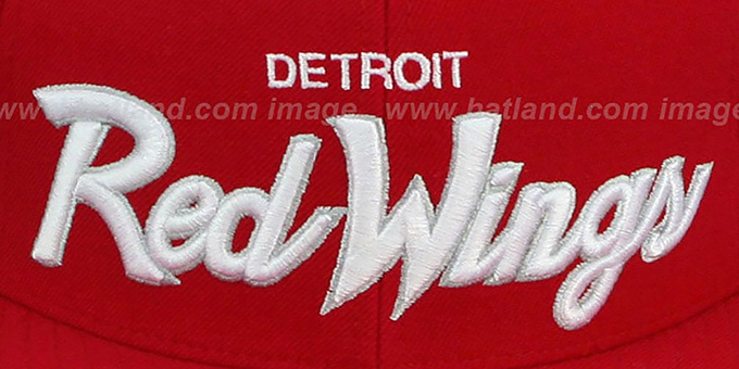Red Wings 'CLASSIC-SCRIPT' Red Fitted Hat by Mitchell & Ness