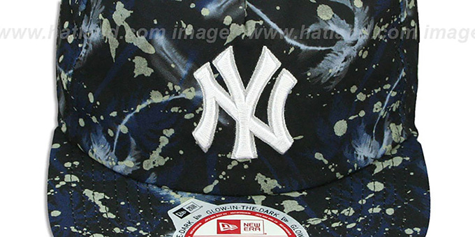 Yankees 'GLOWSPECK SNAPBACK' Hat by New Era