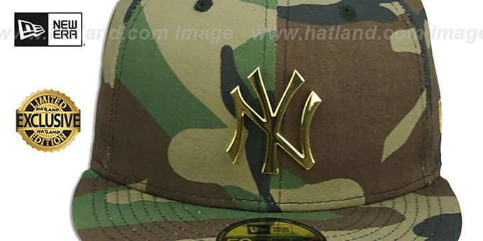 ... Yankees  GOLD METAL-BADGE  Army Camo Fitted Hat by New Era ... 58fb1b074aa