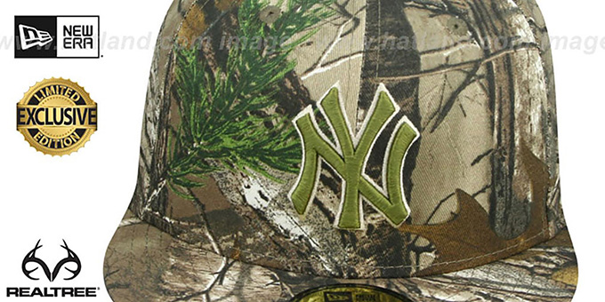 Yankees 'MLB TEAM-BASIC' Realtree Camo Fitted Hat by New Era