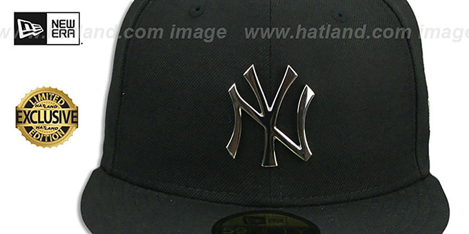 b22f0fd342e6c ... Yankees  SILVER METAL-BADGE  Black Fitted Hat by New Era ...