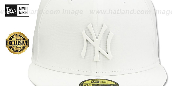 Yankees 'WHITE METAL-BADGE' White Fitted Hat by New Era