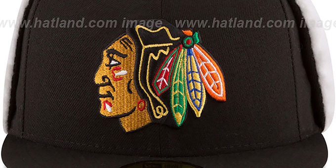 Blackhawks 'FLURRY-FIT DOGEAR' Black Fitted Hat by New Era