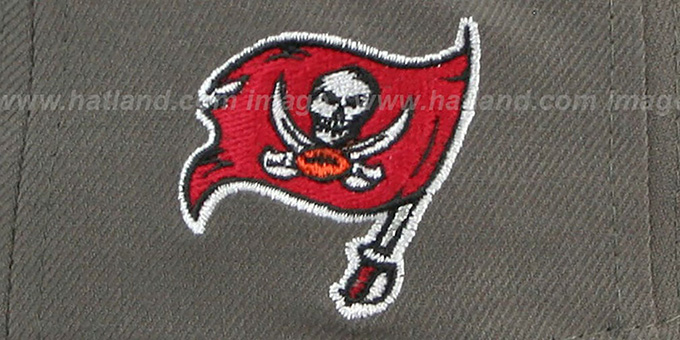 Buccaneers 'NFL ONFIELD DRAFT' Grey Fitted Hat by New Era