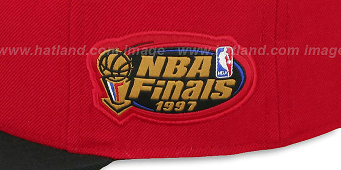 Bulls 1997 'COMMEMORATIVE CHAMPS' Hat by Mitchell and Ness