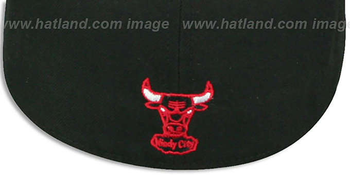 Bulls 'CIRCLE-CLOSER' Black-Red Fitted Hat by New Era