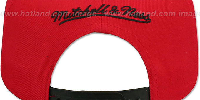 Bulls 'CROPPED SATIN SNAPBACK' Red-Black Adjustable Hat by Mitchell and Ness