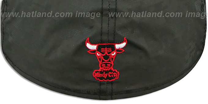 Bulls 'DIGIFLECT' Black Fitted Hat by New Era