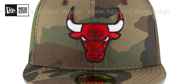 Bulls 'PERFORATED CAMO' Army Fitted Hat by New Era