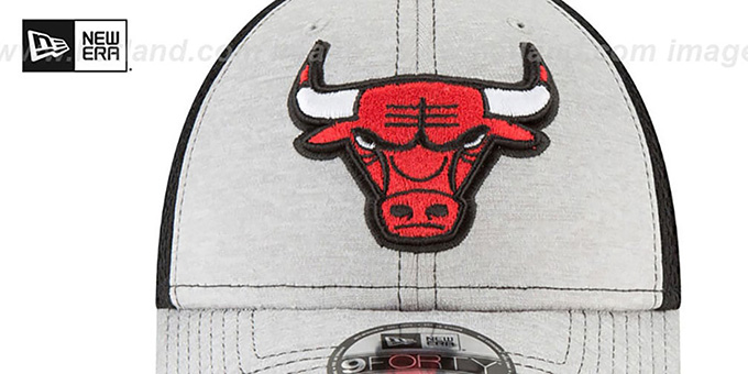 Bulls 'SHADOW TURN STRAPBACK' Grey-Black Hat by New Era