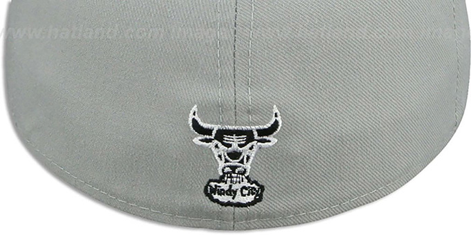 Bulls 'TRACE TEAM-BASIC' Grey-Black-White Fitted Hat by New Era