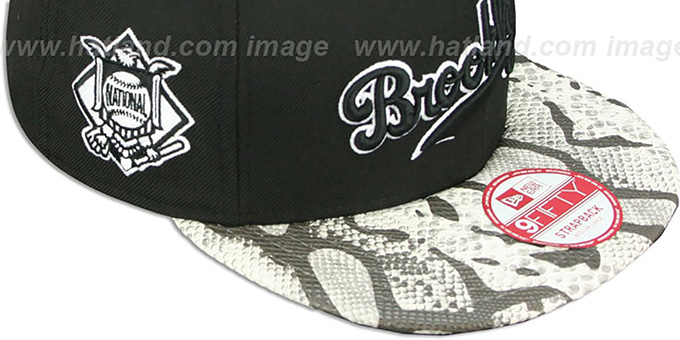 Dodgers 'SNAKE-THRU STRAPBACK' Black-White Adjustable Hat by New Era