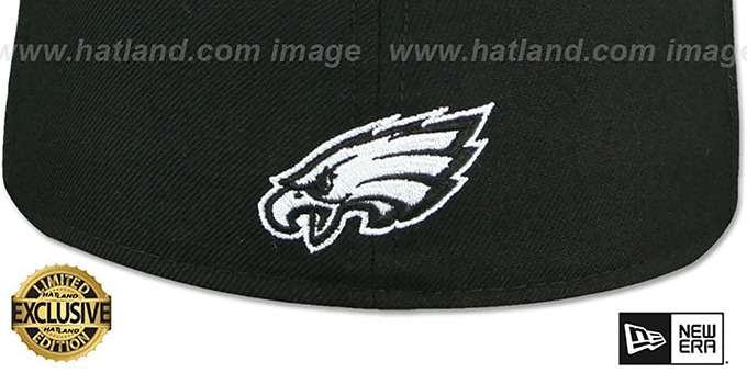 Eagles 'GOTHIC TEAM-BASIC' Black Fitted Hat by New Era