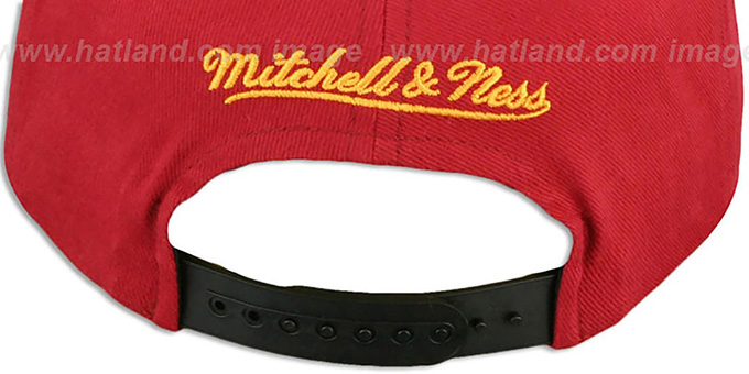 Heat 'NATIVE-STRIPE SNAPBACK' Red Hat by Mitchell & Ness