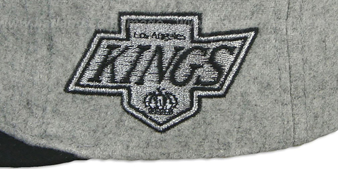 Kings '2T TAILSWEEPER STRAPBACK' Grey-Black Hat by Mitchell & Ness