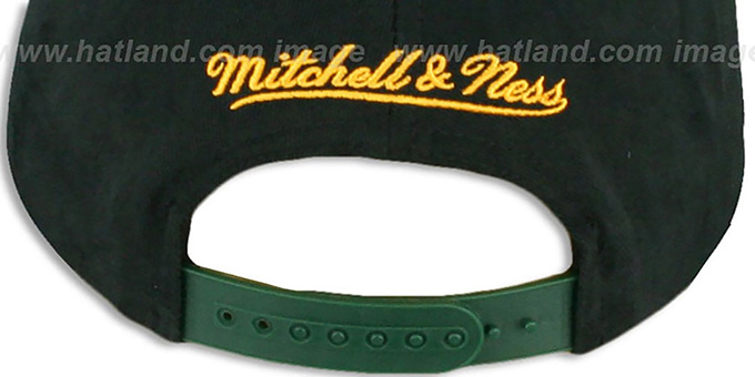 Packers '2T TAILSWEEPER SNAPBACK' Black-Green Hat by Mitchell & Ness