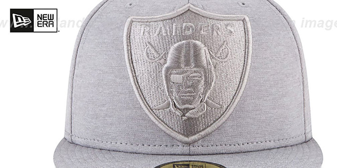 factory authentic 85e74 1a0c8 ... Raiders  MEGATONE  Grey Shadow Tech Fitted Hat by New Era ...