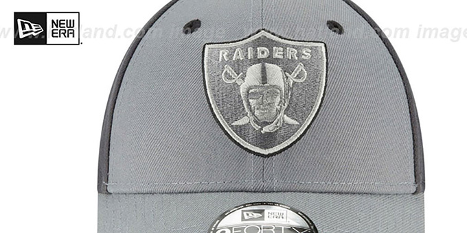 Raiders 'THE-LEAGUE GREY-POP STRAPBACK' Hat by New Era