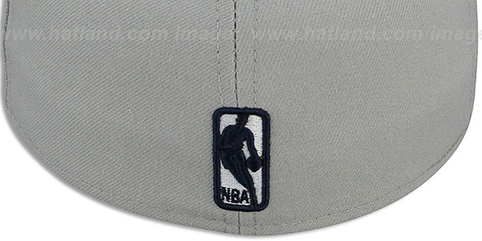 c26e1f36a36 ... Thunder  NBA-CHASE  Grey-Navy Fitted Hat by New Era ...