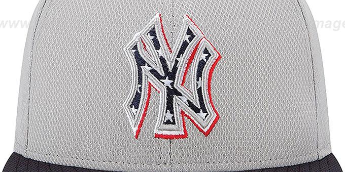 353ae9f3802cd ... Yankees 2013  JULY 4TH STARS N STRIPES  Hat by New Era ...