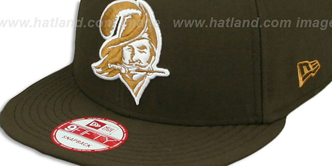 Buccaneers 'THROWBACK TEAM-BASIC SNAPBACK' Brown-Wheat Hat by New Era