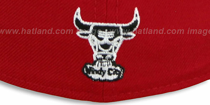 Bulls HW 'TEAM-BASIC' 2 Red-Black Fitted Hat by New Era