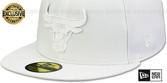 Bulls 'WHITE METAL-BADGE' White Fitted Hat by New Era