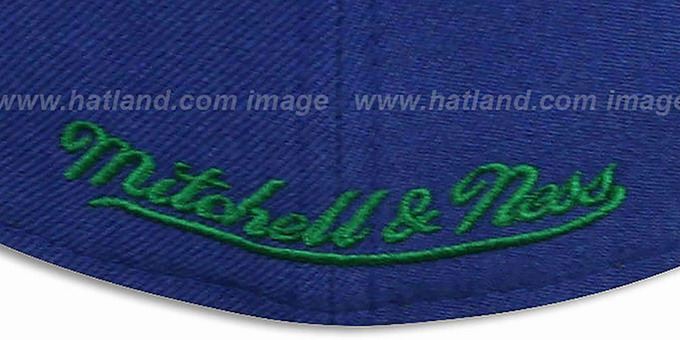 Canucks 'CLASSIC-SCRIPT' Navy Fitted Hat by Mitchell & Ness