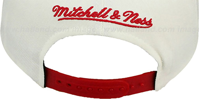 Falcons '2T TAILSWEEPER SNAPBACK' White-Red Hat by Mitchell and Ness
